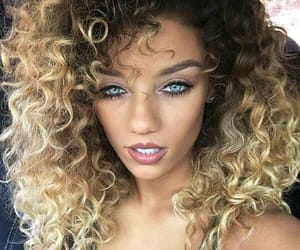 beautifull, blue eyes, and blonde hair image