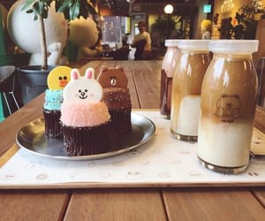 coffee, korean cafe, and cupcakes image