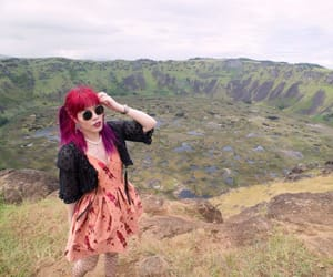 rano kau, space travel writer, and space travel tv host image