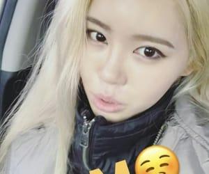 blonde, kpop, and elena shin image