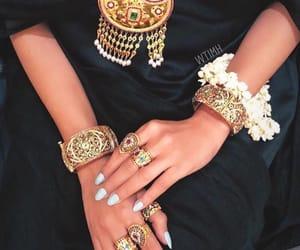 jewelry, stylé, and oriental image