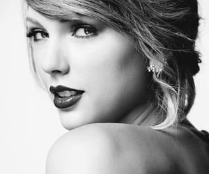 Taylor Swift, Reputation, and billboard image