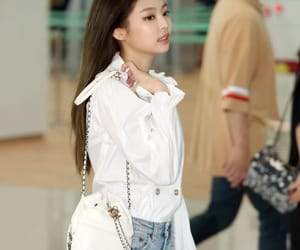 jennie, airport, and blackpink image
