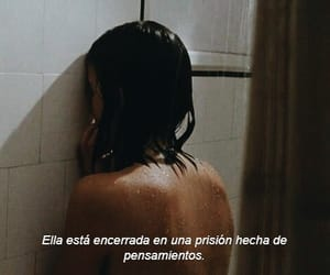 cry, tumblr, and frases tumblr image