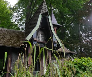 fairytale, little house, and witchhouse image