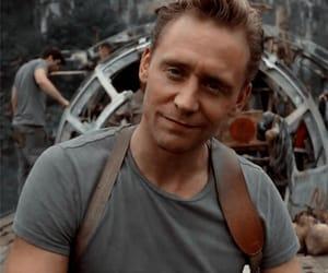tom hiddleston and icon image
