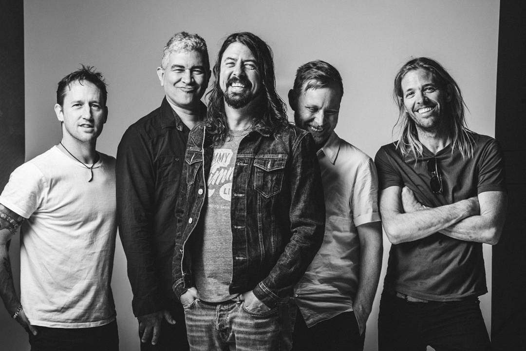 foofighters, davegrohl, and taylorhawkins image