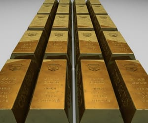 gold commodity and investing gold commodity image