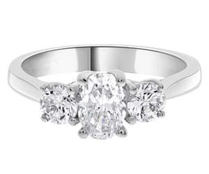diamonds, engagementring, and bespokediamonds image