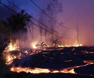 lava, volcano, and hawaï image