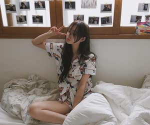 girl, korean, and ulzzang image