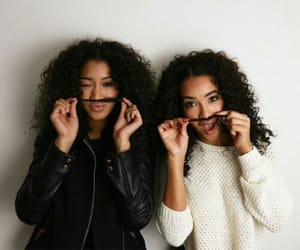 girl, hair, and sisters image