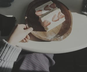 aesthetic, cake, and dessert image