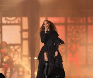 beyonce knowles, otr ii tour, and cardiff image