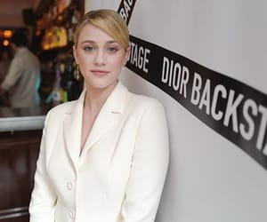 actress, pretty, and white coat image