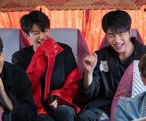 idols, Ikon, and korean image