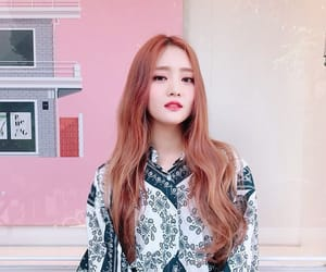 (g)i-dle, idle, and minnie image