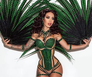 burlesque, reed, and raquel image