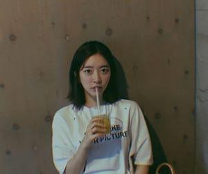 lq, jayoung, and dalshabet image