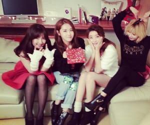 4minute, sohyun, and kim hyuna image