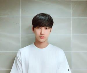 jinyoung, b1a4, and kpop image