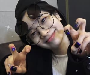 icon, dahyun, and kpop image