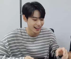 doyoung and lq image