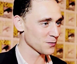 gif, tom hiddleston, and hiddles image