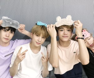 lucas, nct, and jungwoo image