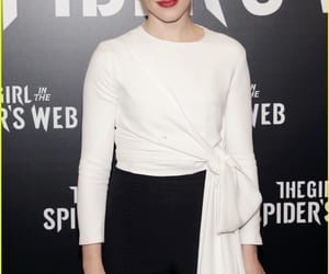 claire foy and girl in spiders web image