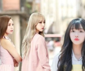 solar, yooa, and oh my girl image
