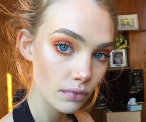 makeup, orange, and orange eyeshadow image