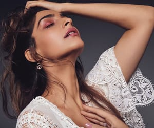 actress, sonam kapoor, and bollywood image