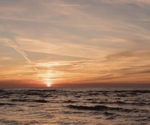 mood, se, and sea image