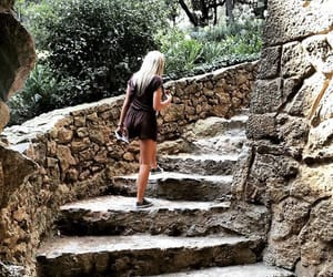 barcellona, travelblogger, and blonde image