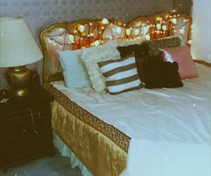 room, vintage, and cuarto image