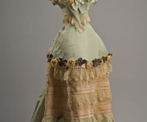 belle epoque, evening dress, and french image