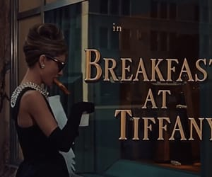 Breakfast at Tiffany's, audrey hepburn, and movie image