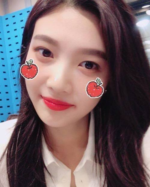 article, joy, and red velvet image