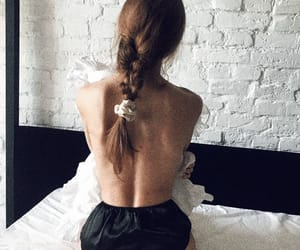 Magdalena Frackowiak and silk image