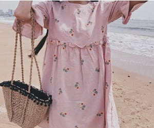 beach, fashion, and pink image