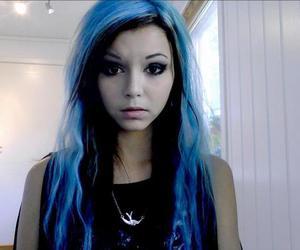 black hair, blue hair, and girl image