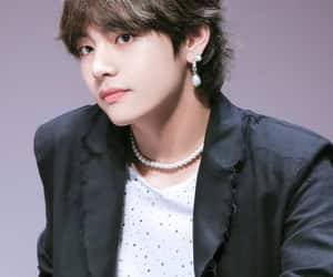 k-pop, tae, and kpop image