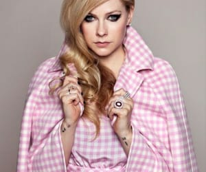 Avril Lavigne, girl, and tattos image