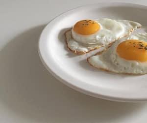 food, minimal, and minimalism image