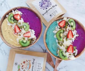 Fruity Smoothie Bowls created with our new Superfood Blends 🍒@neadssuperbowls mixed it up by using our Tropicana and Berrylicious blends in her smoothies 🍃