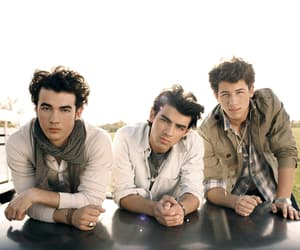 jonas brothers, Joe Jonas, and kevin jonas image