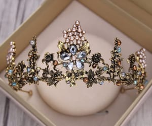 bridal jewelry, metal, and pearl image