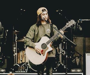 pierce the veil, rock, and vic image