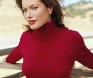 carre otis and 90s vibes image